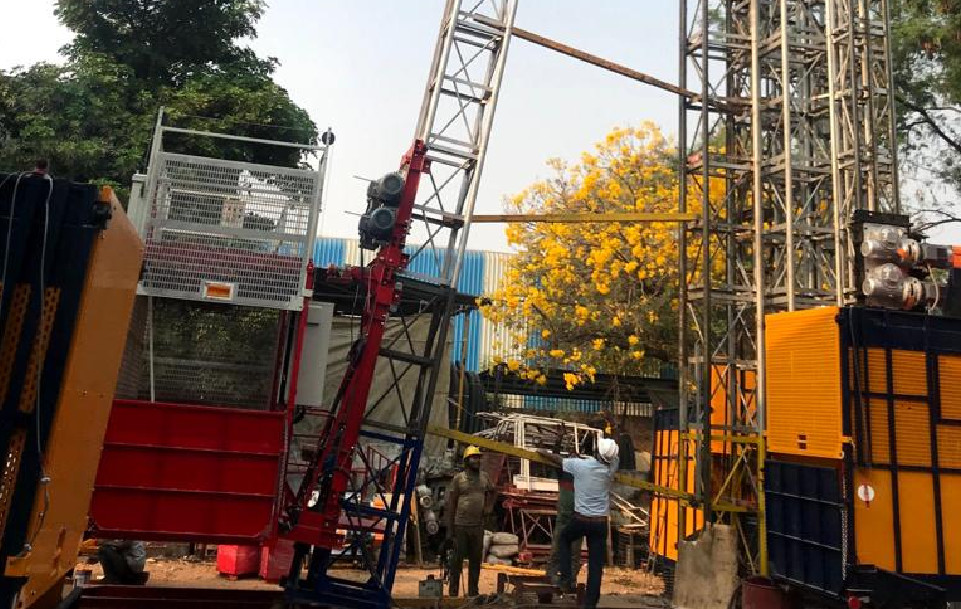 Manufacturers of hoist in India